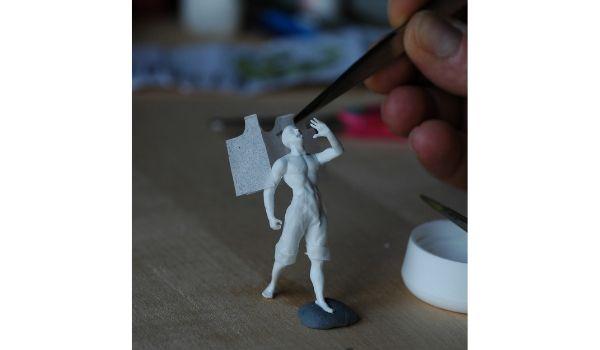 modelli di persone realizzati a mano